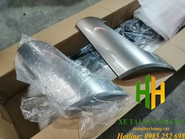 Ốp gió xe Hyundai Trago Xcient