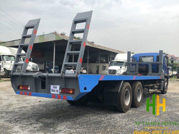 Xe nâng đầu chở máy công trình Thaco Auman C240