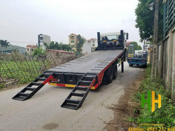 Xe nâng đầu chở máy Hino 3 chân 14 tấn