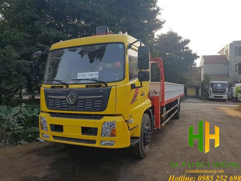 Xe tải Dongfeng B180 gắn cẩu Kanglim 5 tấn