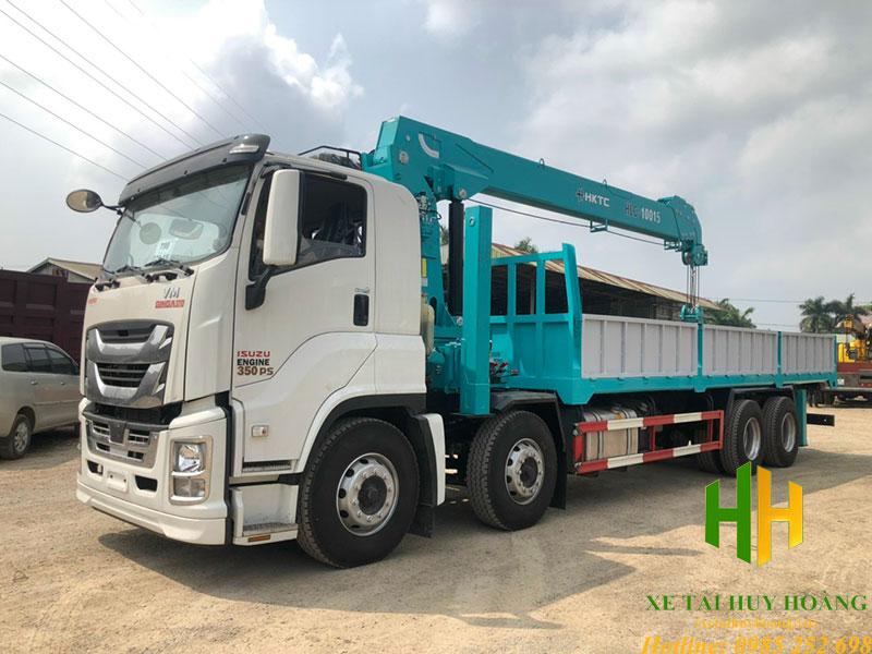 Xe tải Isuzu 4 chân GIGA gắn cẩu HKTC 10 tấn